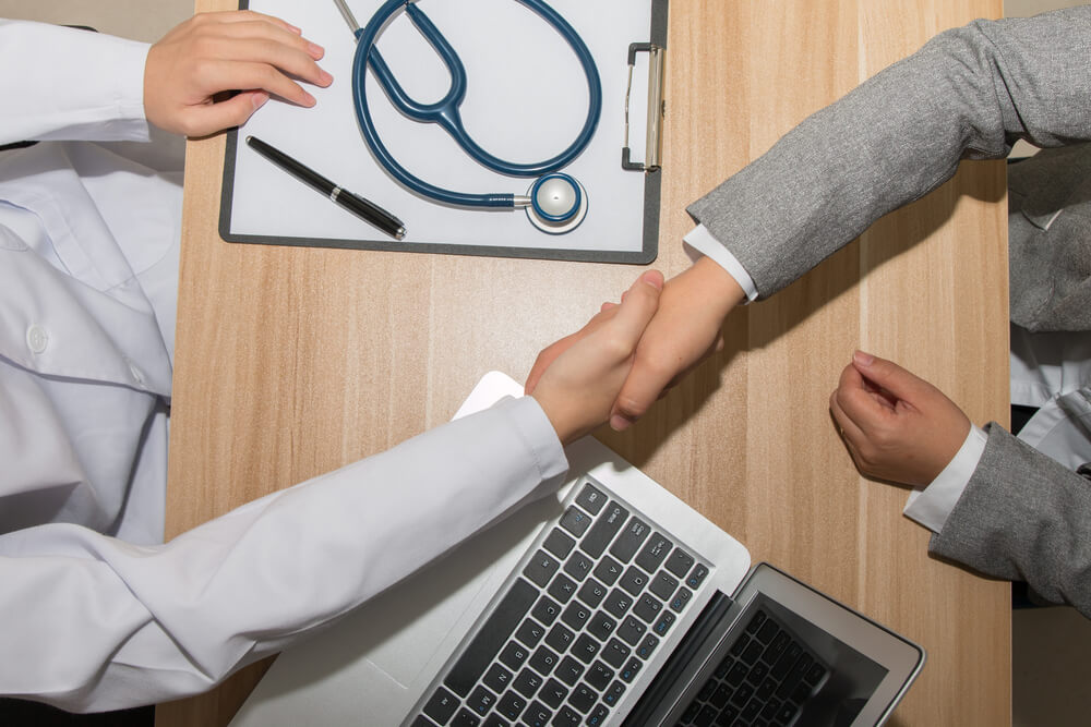 business e setor da saúde o que esses assuntos têm em comum