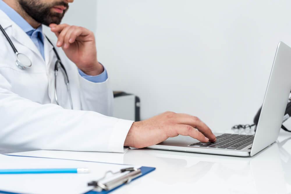 passos para tornar sua clínica digital sem gastar muito dinheiro
