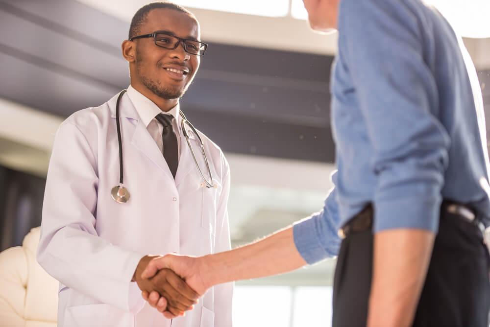 Como conquistar a satisfação dos pacientes e fidelizar clientes
