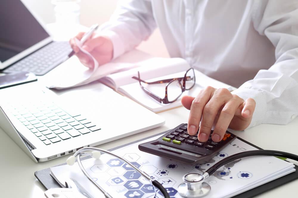 como a tecnologia ajuda na gestão eficiente do seu consultório