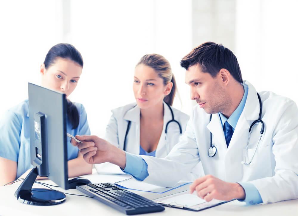 como escolher o melhor software de gestão médica para a minha clínica